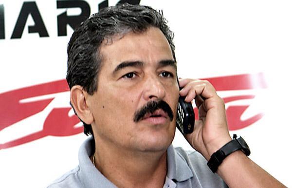 En 2005, siendo timonel de la Tricolor, visitó DIARIO EXTRA para hablar de fútbol, lo que a él le gusta