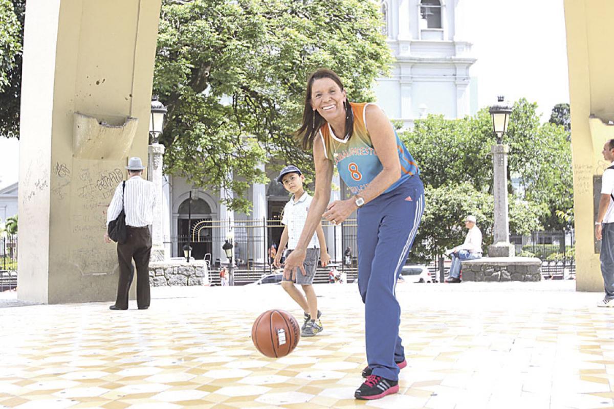Resultado de imagen para Sandra Jiménez basquetbolista