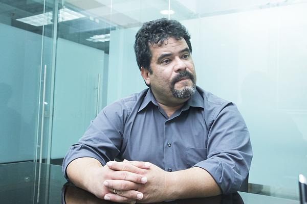 Juan Rivera, abogado del candidato