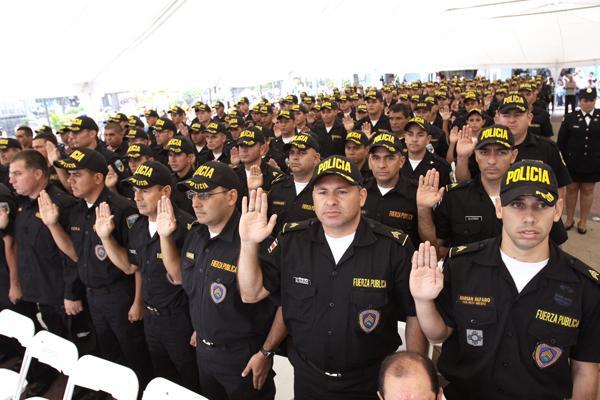 Diario Extra Escudo De Sargentos Debuta En Graduaci N