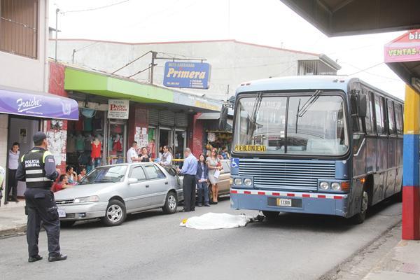corre autobús