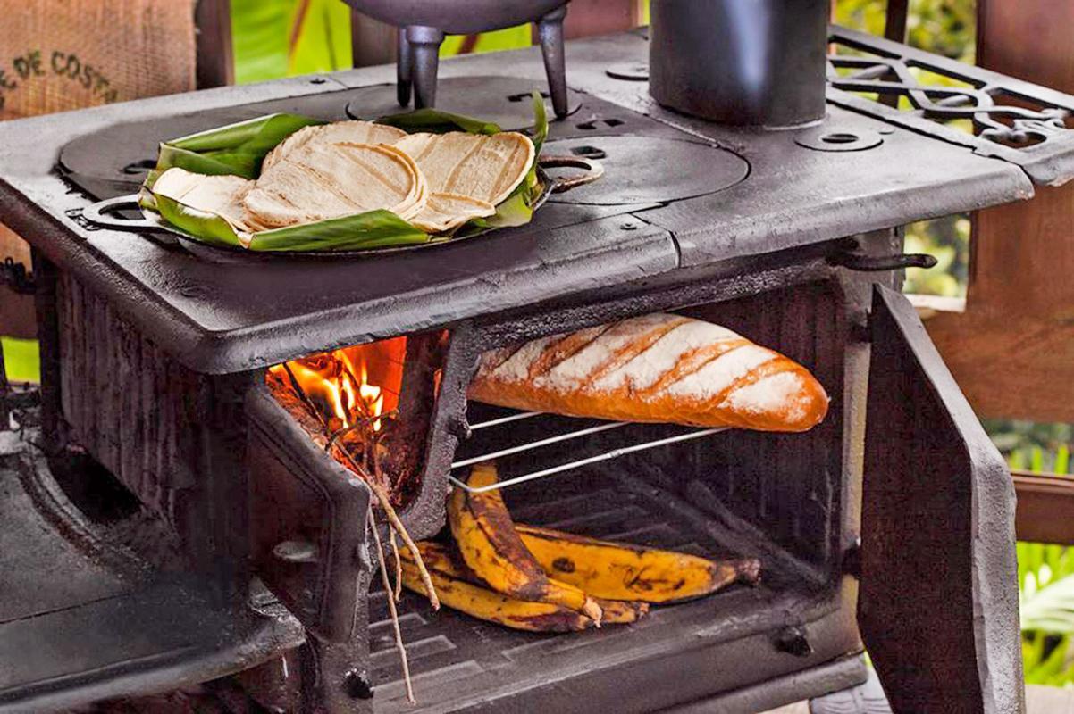 Diario extra negritas bajitas y calientes cocinas para for Cocinas de hierro antiguas