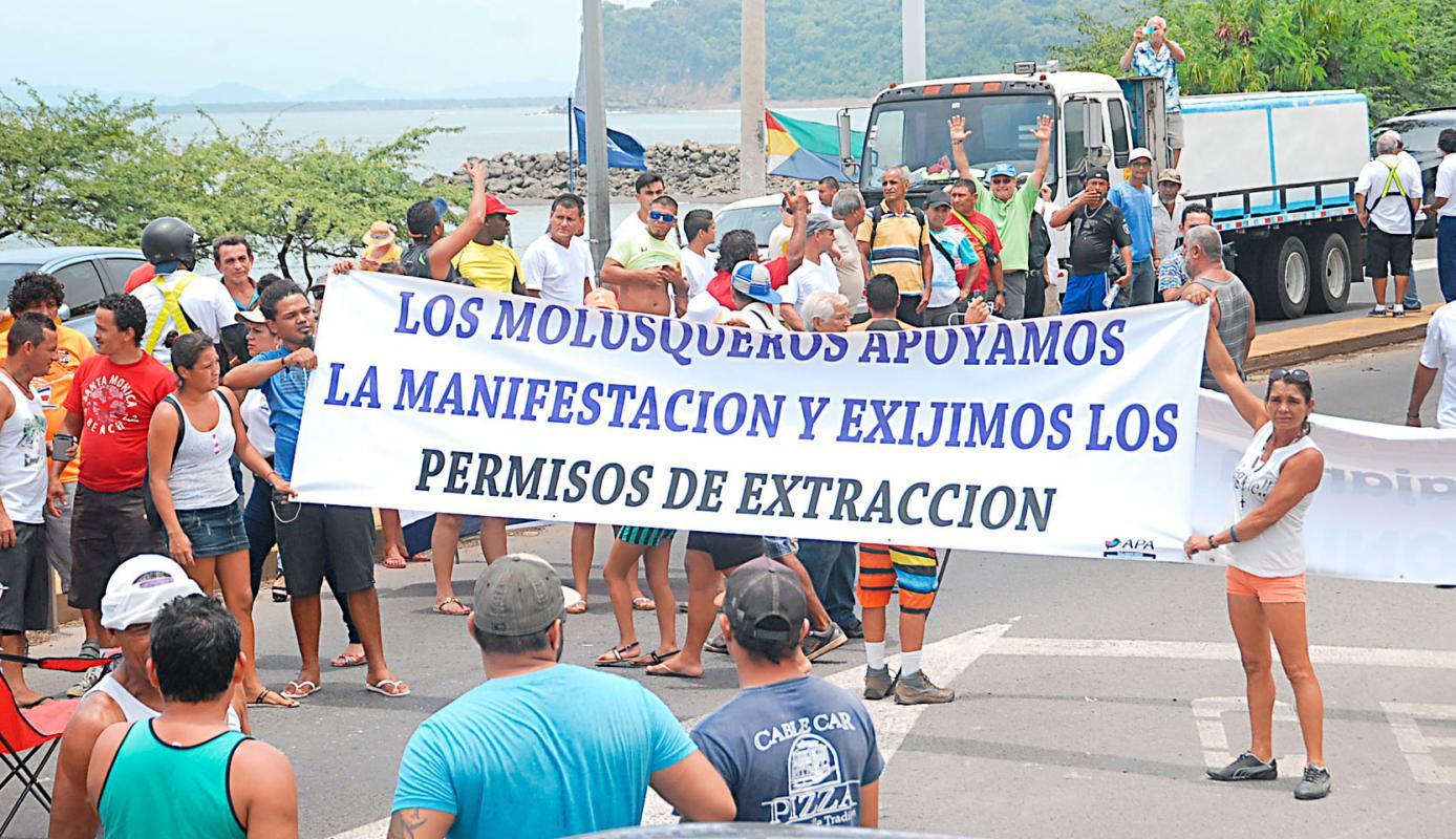 Pescadores lanzan grito de guerra al Gobierno