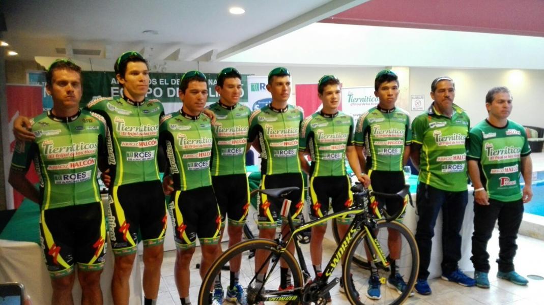 Diario extra los tierniticos presentan su equipo para la for Equipos de ciclismo