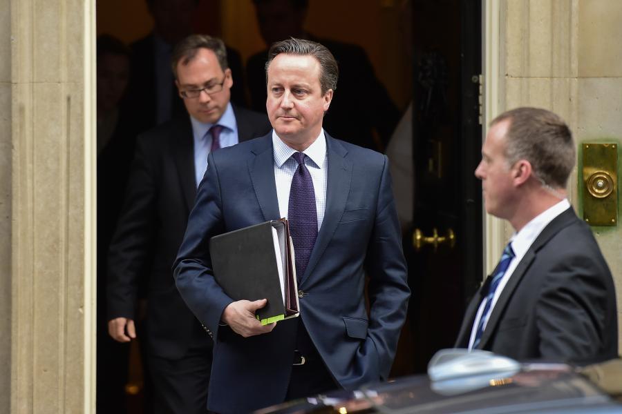Primer ministro británico pide al parlamento bombardear al Estado Islámico en Siria