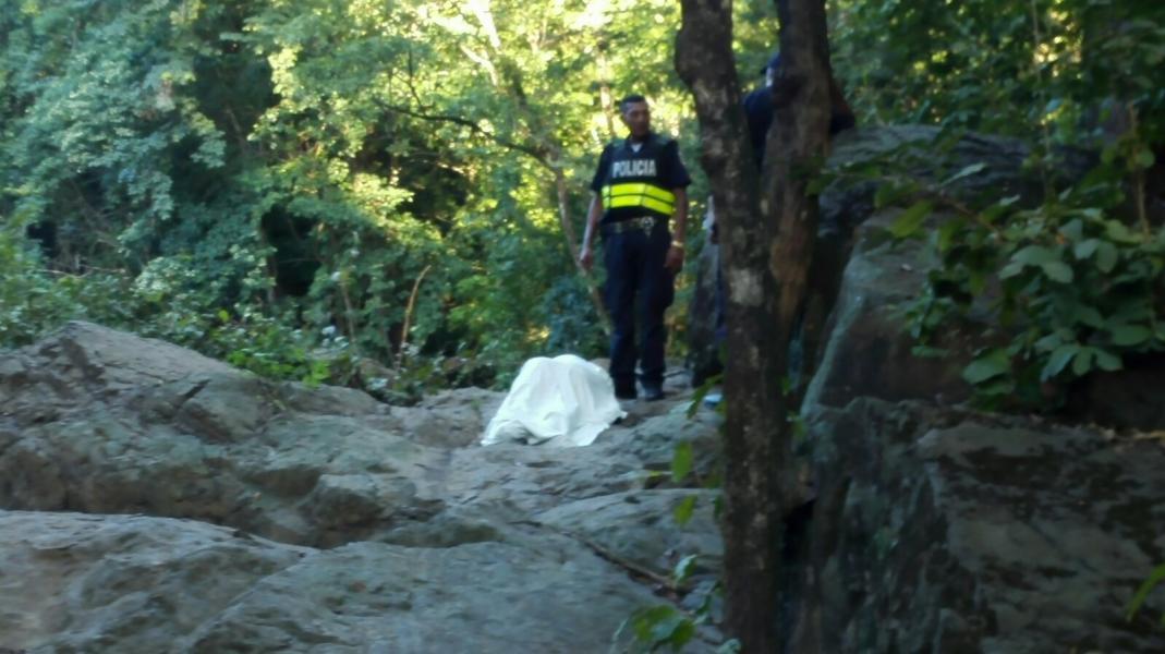 Mujer muere ahogada en quebrada de Sámara