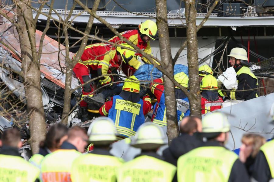 Ocho muertos por choque de trenes en Alemania
