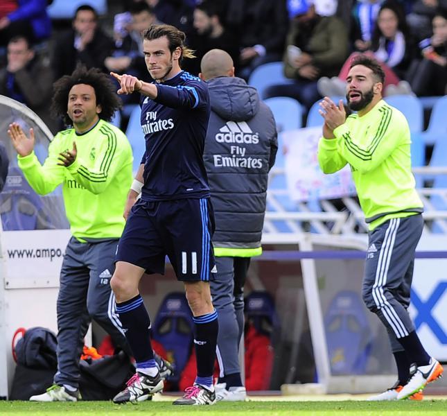 El Madrid gana por la mínima y mete presión