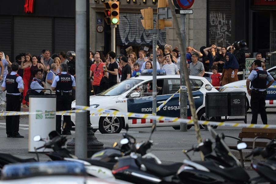 estudiantes ticas con heridas leves en atentado en barcelona