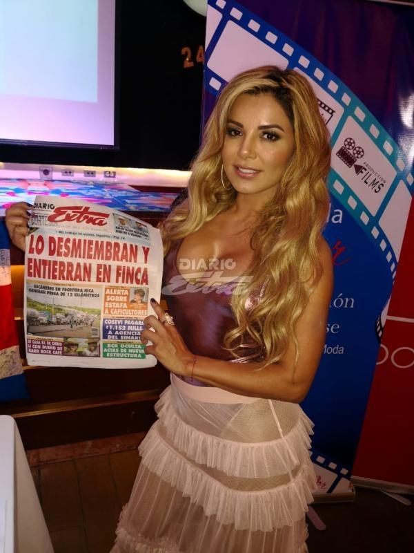 Diario Extra - Famosa actriz mexicana de Televisa en Costa