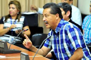 Víctor Morales Zapata critica a Ottón Solís por asegurar que le cree a la procuradora Ana Lorena Brenes y no a Daniel Soley