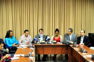 Diputados solicitarán informe al presidente Luis Guillermo Solís como insumo para rendir sus conclusiones