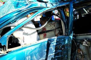 El cuerpo de Héctor Carranza Calero quedó dentro del vehículo con severas fracturas en la cabeza y extremidades