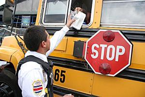 Cualquier transportista que no obtenga los permisos se expone a que le bajen las placas