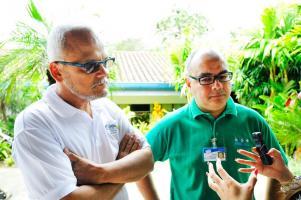 Roberto López y Randall García, funcionarios del INBio, insistieron en que el Ejecutivo debe estar claro en la complejidad de la administración. (Foto: Daniel Esquivel)