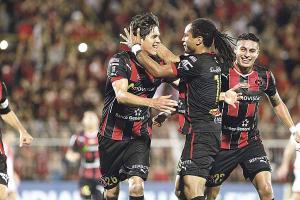 La victoria de Alajuelense sobre el DC United potenció el crecimiento de la Liga en el Ranquin Mundial de clubes. (Foto: EFE)