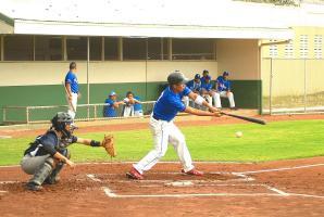 En la sexta jornada del Campeonato Nacional de Beisbol, Pinoleros aprovechó los errores josefinos para conseguir la victoria