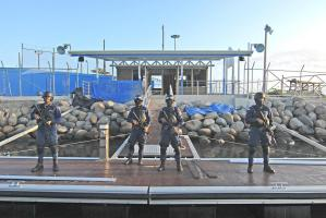 Miembros del Grupo de Operaciones Especiales de Guardacostas permanecerán atentos ante cualquier alerta narco