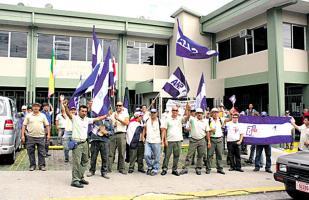 En la Municipalidad de Santa Ana 3 regidores quieren que le cancelen las credenciales al alcalde Gerardo Oviedo