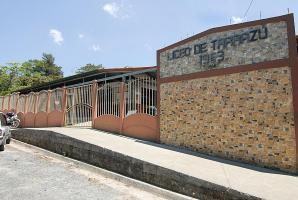 Un profesor del Liceo de Tarrazú fue acusado por el delito de abuso sexual y de brindar alcohol y drogas a un alumno y ex estudiante
