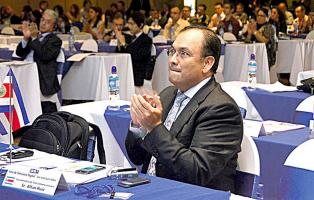 Allan Ruiz, ex viceministro de Telecomunicaciones, renunció también a su cargo como director del Espectro y Redes del Micitt