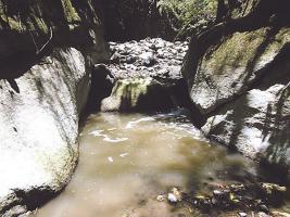 El río Jaris está muy contaminado