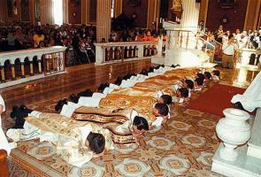 El Seminario Central tendrá más alumnos el próximo año, según anunció monseñor San Casimiro