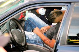 A Matamoros lo hallaron dentro de un vehículo con 30 impactos de bala