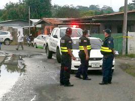 Las patrullas llegaron a resguardar la escena