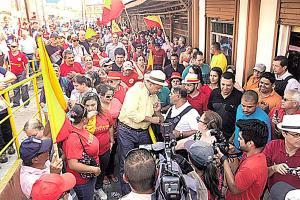 """Producciones Jaulares organizó las """"rutas de la alegría"""" con las que Luis Guillermo Solís recorrió el país en campaña electoral"""