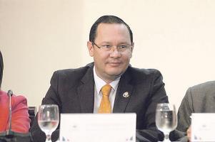 Revisarían cuentas del presidente de la Fedefútbol Eduardo Li
