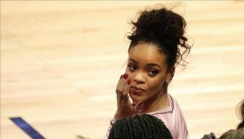 Rihanna, de visita en Cuba, baila son y come platos criollos en restaurante En la imagen, la cantante barbadense Rihanna. EFE/Archivo