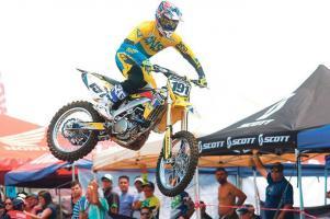 Roberto Castro mantiene el liderato de la MX1 en el Campeonato Nacional de Motocross