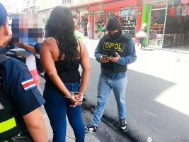 Detuvieron a la mujer por sustraer a su hijo que está bajo la custodia de la abuela materna