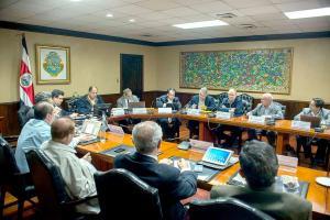 Gobierno se reúne con agricultores