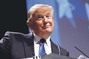 Trump demanda a Univisión