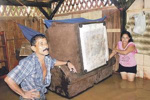 Autoridades del Mivah empezarán en Turrialba la inspección de viviendas afectadas por las lluvias