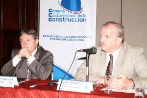 El Ing. Guillermo Carazo y Ricardo Castro de la Cámara de la Construcción, confirmaron que la alianza pública privada es una forma para invertir en infraestructura pública