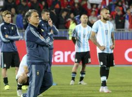 La selección argentina regresó a Buenos Aires sumida en el silencio El seleccionador argentino, Gerardo