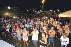 Los visitantes disfrutaron en grande el centenario de Cahuita