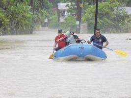 Las fuertes lluvias de los últimos días han mantenido a las comunidades del Caribe en alerta constante. Foto de las inundaciones que afectaron Sarapiquí.
