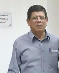 Montoya, quien además lanzó su candidatura para la alcaldía de Puriscal, fue despedido ayer