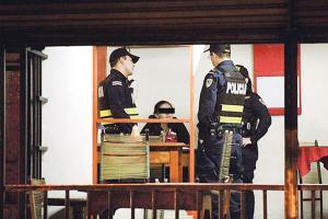 La madre de los niños permanece detenida a la espera del proceso respectivo de la Fiscalía