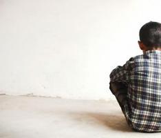 Lo condenan a 30 años de cárcel por violar a un niño