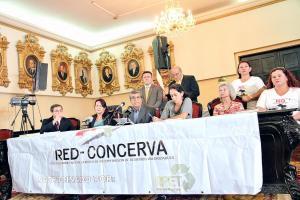 Grupos ambientalistas y diputados irán hoy a Casa Presidencial