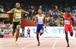 """""""Estoy feliz. No me preocupaba la marca, yo sabía que no estaba en forma para hacer un nuevo récord del mundo, pero cuando llega el 200 soy otra persona"""", explicó Bolt. (Foto: EFE)"""