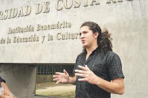 El vulcanólogo Gino González debió ser reinstalado en su puesto, pero el jefe de la RSN no acató la orden de la Comisión Ejecutiva de la UCR