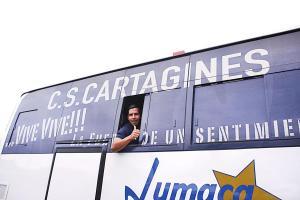Álvaro Sánchez fue de los primeros en subirse al nuevo bus