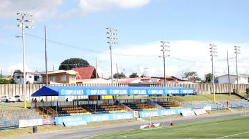 Uruguay de Coronado estrenará iluminación esta noche, los lecheros reciben a Saprissa a las 8 p.m.