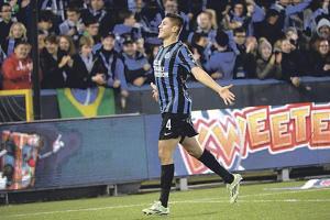 Óscar Duarte y su club Brujas jugarán la fase de grupos de la Liga de Europa en el grupo D, donde también estará el tico Marco Ureña
